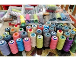 Conjunto 15 cones linha Polyester 120 cores variadas (cones usados) tudo por Apenas 10€