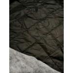 Impermeável Preto Polyester Acolchoado Quadrados