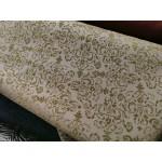 Ganga elástica com relevo veludo cor kaki fundo cinza