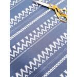 Malha Interlock Efeito Jaquard 83% Polyester, 15% Viscose , 2% Lycra Azul e Branco